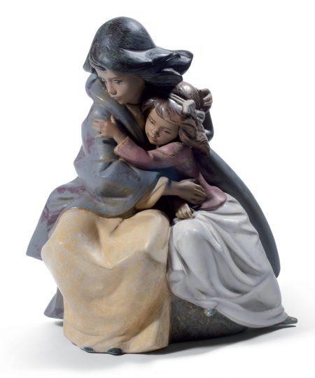 Sisterly Love 01012539- Lladro Figurine