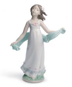 Soft Breeze 01008430 - Lladro Figurine