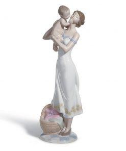 Unconditional Love 01008244 - Lladro Figurine