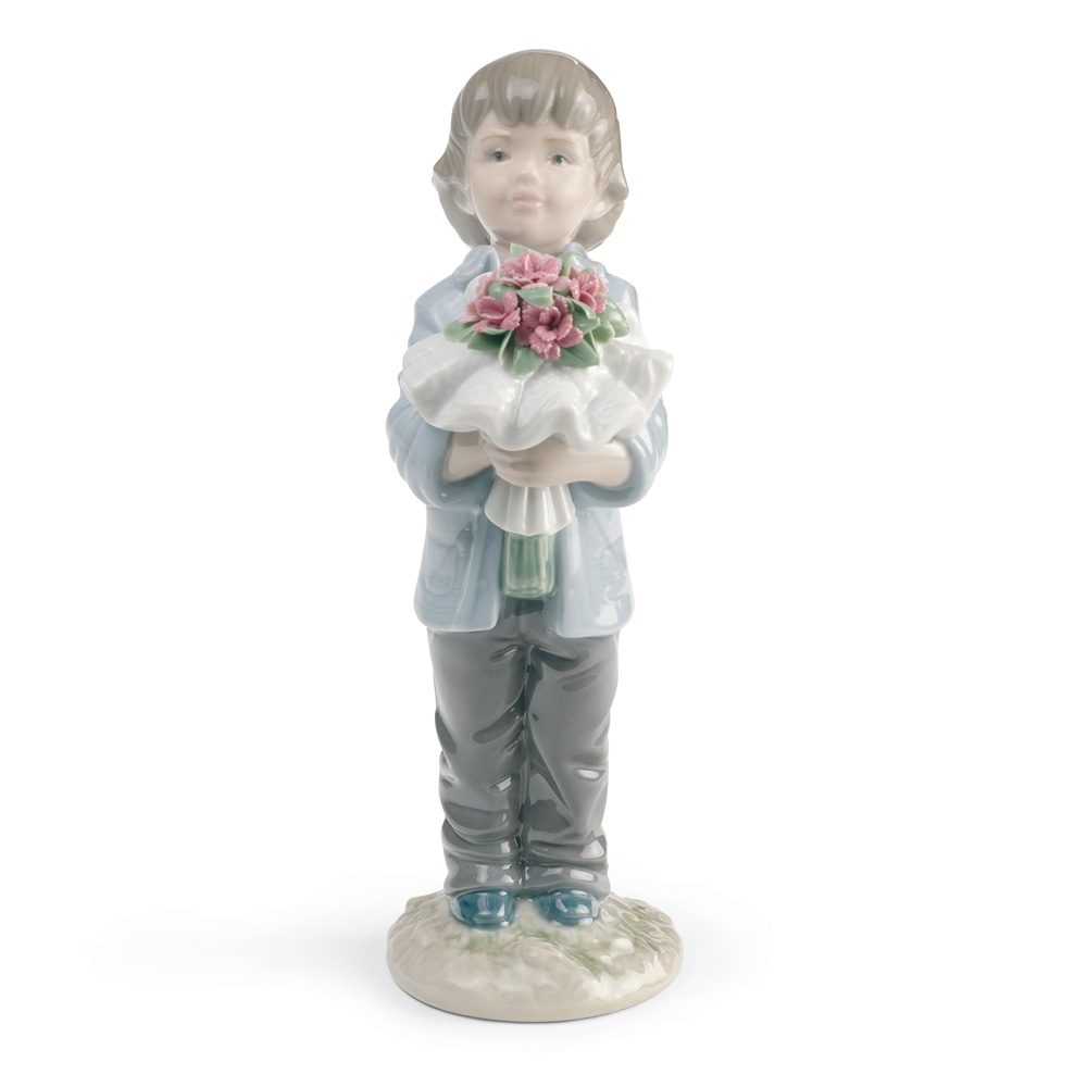 You Deserve The Best (Boy) 01008504 - Lladro Figurine