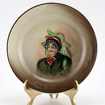 Dickens Mrs Bardell Dish - Royal Doulton Seriesware