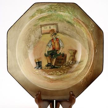 Dickens Sam Weller Octagonal Box - Royal Doulton Seriesware