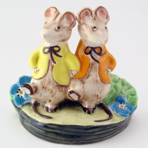 A Double Act KM2527 - Royal Doultoun Storybook Figurine
