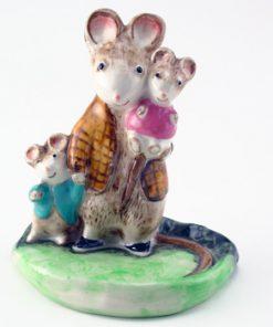 A Family Mouse KM2526 - Royal Doultoun Storybook Figurine