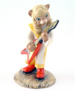 Glam Guitar CC10 - Royal Doultoun Storybook Figurine