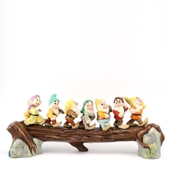 Heigh Ho SW31 - Royal Doultoun Storybook Figurine