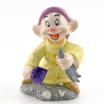 Irresistibly Loveable SW24 - Royal Doultoun Storybook Figurine