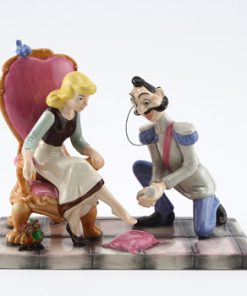 It's a Perfect Fit CN7 - Royal Doultoun Storybook Figurine