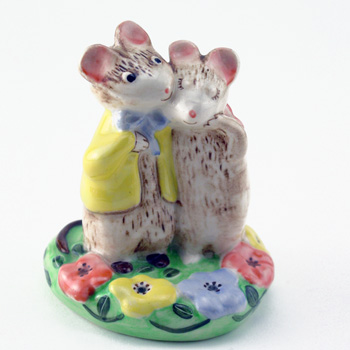 Just Good Friends KM2533 - Royal Doultoun Storybook Figurine