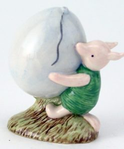 Piglet and The Balloon WP5 - Royal Doultoun Storybook Figurine