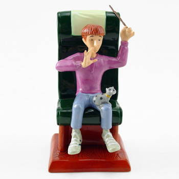 Ron and Scrabbers HP12 - Royal Doultoun Storybook Figurine