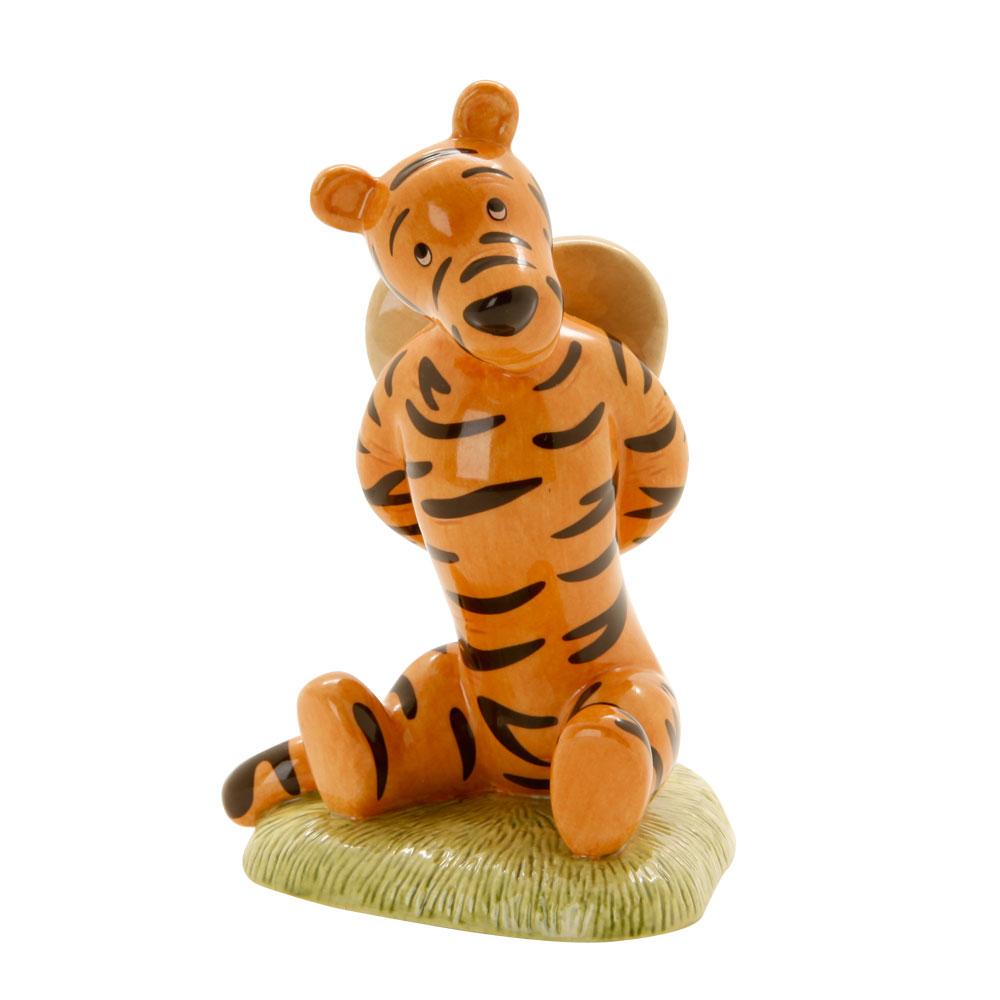 Tigger Love Heart WP82 - Royal Doultoun Storybook Figurine