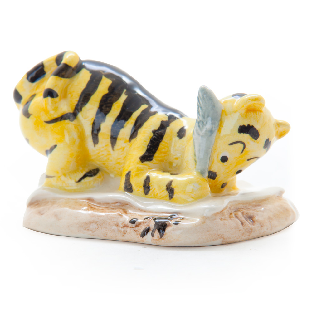 Tigger Signs the Rissolution WP6 - Royal Doultoun Storybook Figurine