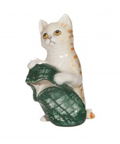 New Toy Cat with Green Slipper DA232 - Royal Doulton Animals