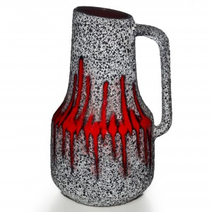 Lava Pitcher Red White 032