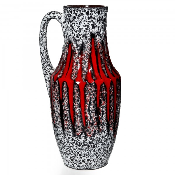 Lava Pitcher Red White 033
