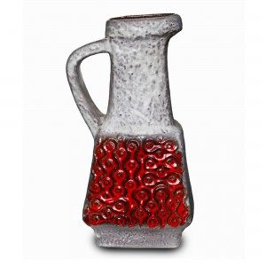 Pitcher Red White 041