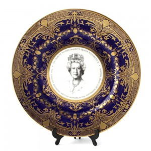 Commemorative Plate - Queen Elizabeth II Longest Reigning Monarch