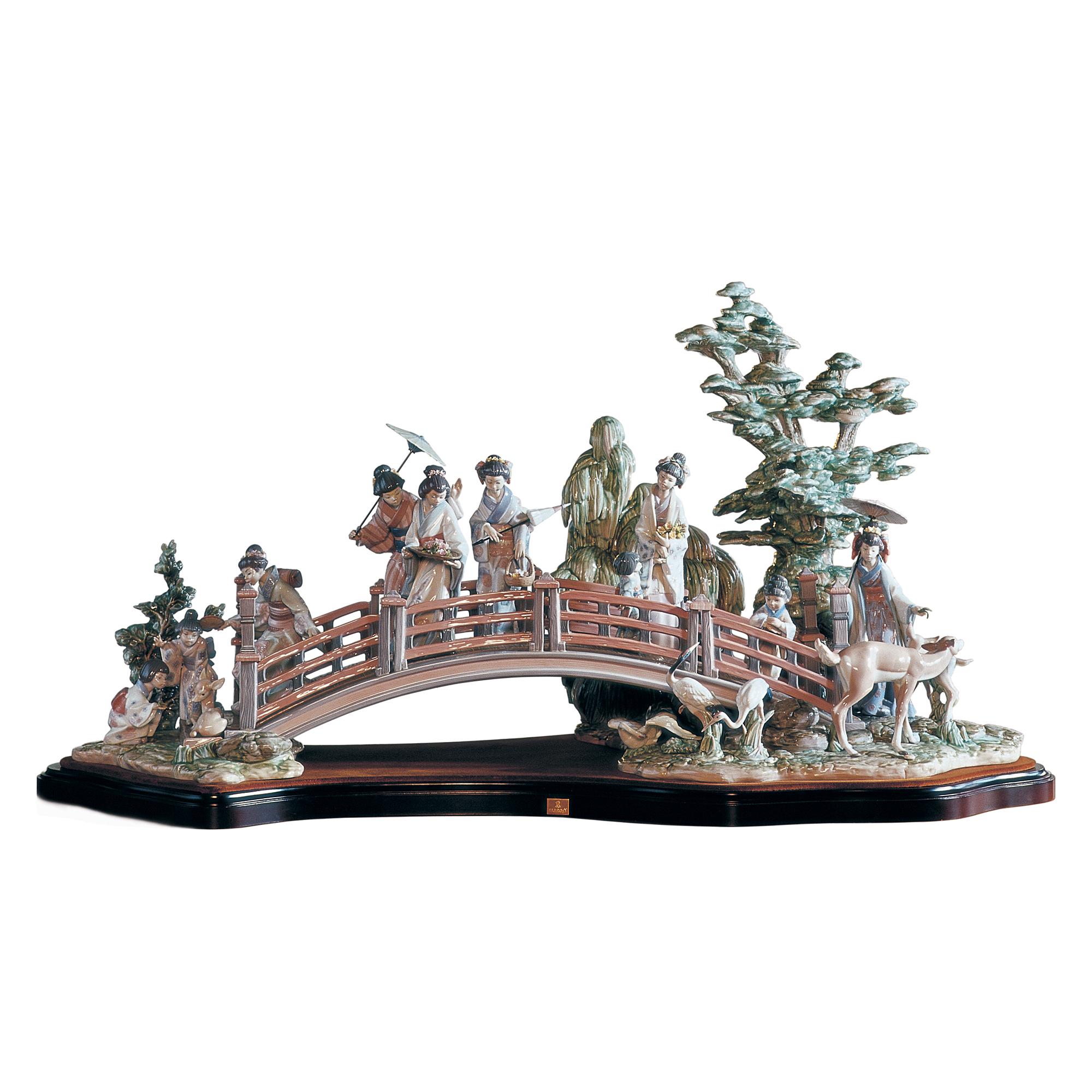 Oriental Garden 1001775 - Lladro; Ltd. edition of 750 pcs; issued 1993 by Sculptor Salvado Debon