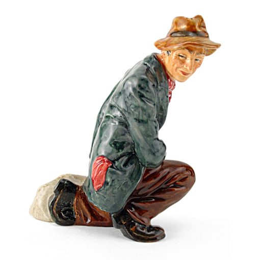 Poacher HN2043 - Royal Doulton Figurine