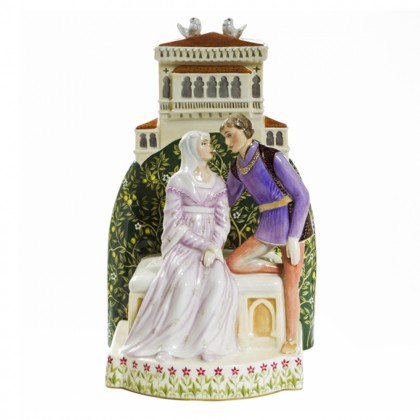 FIG_Romeo and Juliet HN3113