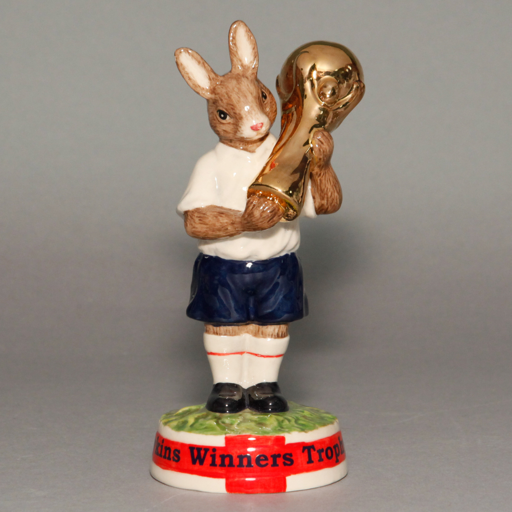 Cup Winners Trophy 2006 DB409CW - Royal Doulton Bunnykins