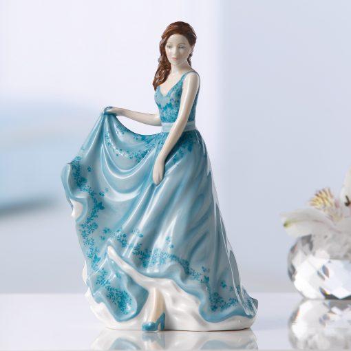 Lasting Friendship (Petite) HN5849 - Royal Doulton Figurine