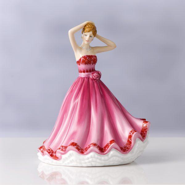 Tender Love (Petite) HN5847 - Royal Doulton Figurine