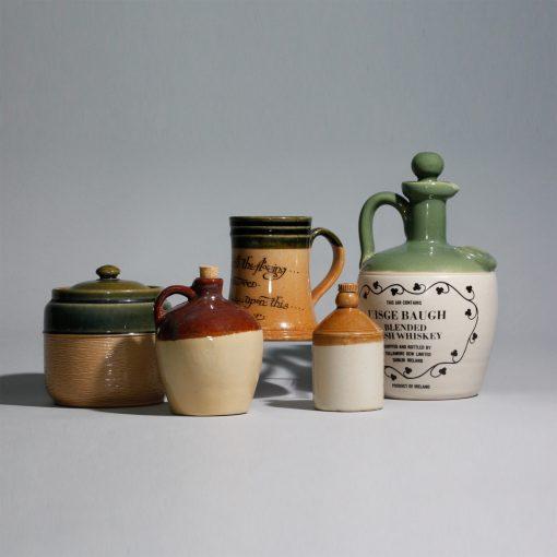 Stoneware Lot 4118