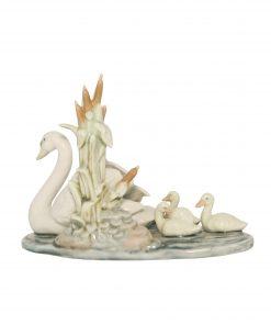 Follow Me Swan 5722 - Lladro Figure
