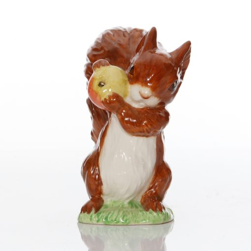 Squirrel Nutkin with Gold Core in Apple (Large Size) - Beatrix Potter Figure