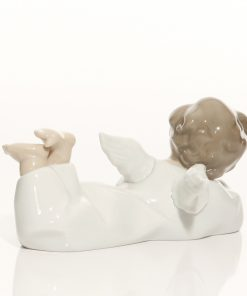 Angel Reclinging 4541 - Lladro Figure