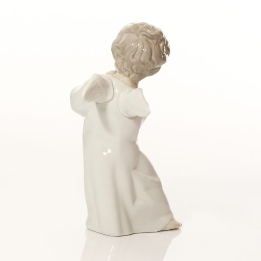 Angel with Flute 4540 - Lladro Figure