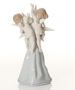 Celestial Ornament 6747 - Lladro Figure