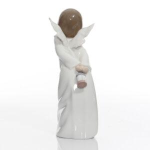 Curious Angel 4960 - Lladro Figure