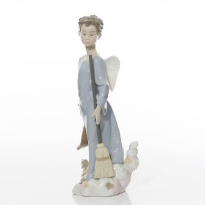 Fall Angel 6147 - Lladro Figure