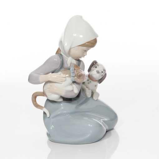 Girl with Dog and Cat 5032 - Lladro Figure