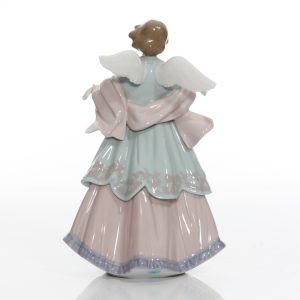 Joyful Offering Angel 6125 - Lladro Figure