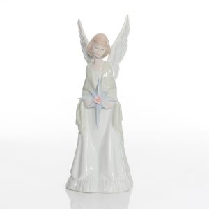 Star of Heaven Tree Topper 6792 - Lladro Figure