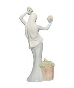 Autumn Glory HN2766 - Royal Doulton Figurine