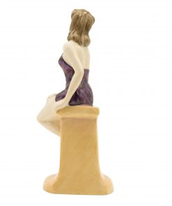 Taking the Waters HN4402 - Royal Doulton Figurine