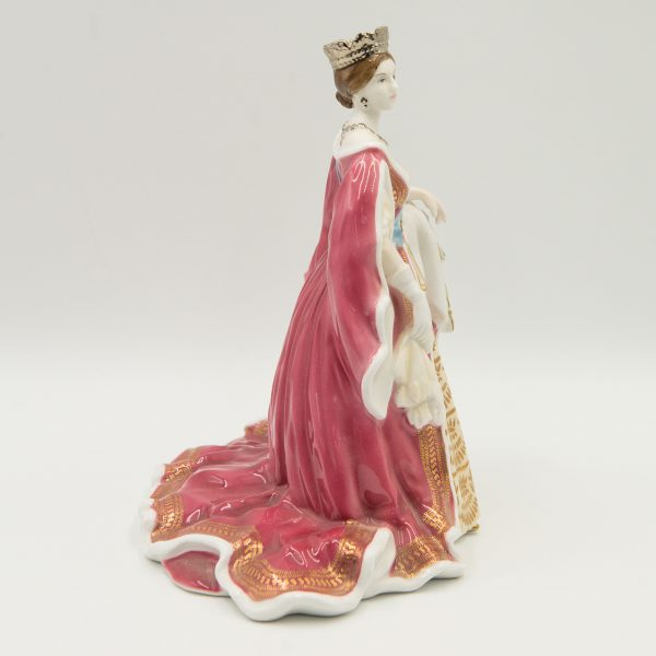 Queen Victoria CW442 - Royal Worcester Figurine