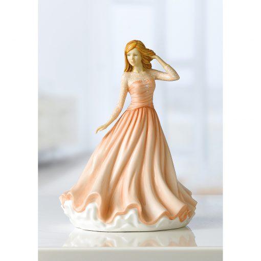 Christina HN5913 2019 Petite Figure of the Year Royal Doulton Figurine